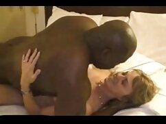 Sexo oral de mamas culonas cachondas dos lesbianas.