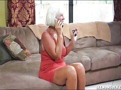 Semental con condón se folla a una rubia. videos de suegras culonas
