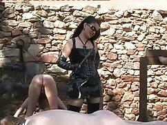 Un tipo madres culonas videos hábil tiene dos chicas rusas a la vez.