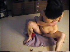 La joven se dedica al yoga, convirtiéndose en mamas culonas cojiendo con sus hijos sexo.