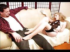 El maestro mamas culonas dormidas entra en la brecha del alumno con un miembro.