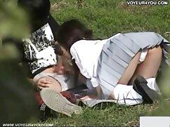 Chica negra videos xxx de madres culonas en forma lame el coño blanco.
