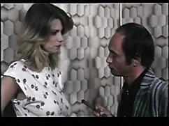 Una mulata le hace una videos xxx mama culona mamada a un blanco.