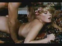Las chicas se suegras culonas cojiendo follan a un chico.