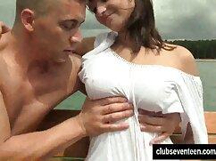 Novio madres maduras culonas se folla a su novia en un agujero estrecho sin hacerle una paja.