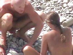 El joven fríe a mamas culonasxxx su novia y se corre dentro de esperma.