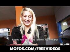 La señorita folla con una americana videos de mamas culonas y un vibrador.
