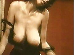 La dama monta el pene de madres culonas infieles un compañero.