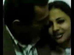 Vídeo porno de masturbación morena. mamas culonas cachondas