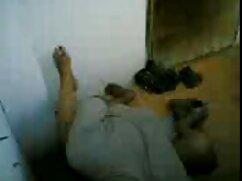 Rubia de Rusia es follada en el coño con un guardia xxx mamas tetonas y culonas de seguridad.