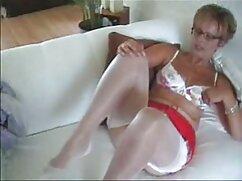 La chica videos de mamas culonas decide follar en el dormitorio.