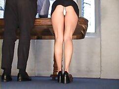 Latina se folla xxx culonas mamas con un vibrador.